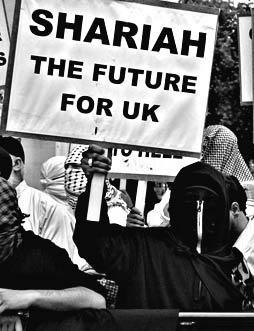 150607-marcvallee-islamists-fascists-sharia-law-blog.jpg